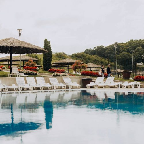 Casutele CSB Baile Figa Beclean Complex Piscina